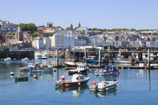 St Peter Port United Kingdom  city photos gallery : St. Peter Port, Guernsey, Channel Islands, United Kingdom, Europe ...