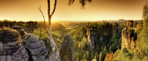 Germany, Saxony, Dresden, Saxon Switzerland National Park (Sachsische schweiz), Bastei Lookout