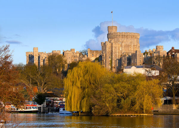 UK, England, Berkshire, Windsor, Windsor Castle and River Thames