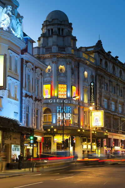 UK, London, Theatreland, Shaftesbury Avenue