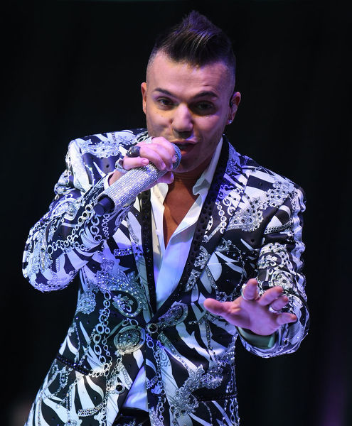 Anthony Callea performs at the Myer Spring Fashion Lunch at Flemington Racecourse in Melbourne, Thursday, September 12, 2019. (AAP Image/Julian Smith) NO ARCHIVING
