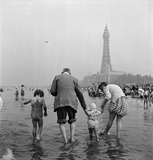 Blackpool Beach AA047930