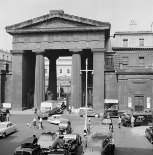 Euston Arch AA98_05420