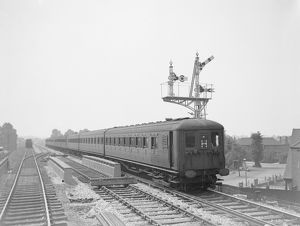 Electric signals on Wimbledon-Sutton line, 1930