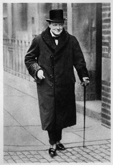 CHURCHILL/SMILING/1924