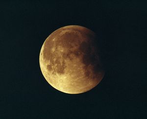 Partial lunar eclipse of the moon - 15 June 1992