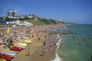 The beach in summer, Bournemouth, Dorset, England, United Kingdom, Europe