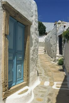 Narrow street in Hora, Patmos, Dodecanese Islands, Greek Islands, Greece, Europe