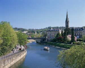 River Avon and the city of Bath, Avon, England, United Kingdom, Europe