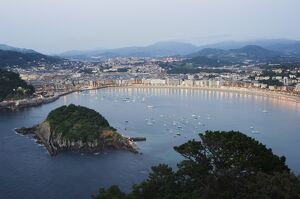 San Sebastian Bay at night