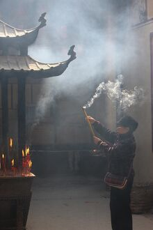 Worshipper, Kun Iam Temple, Macau, China, Asia