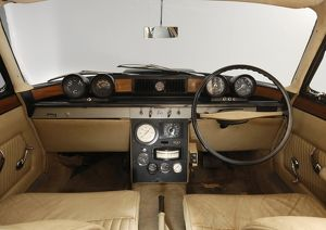 1961 Rover T4 gas turbine car interior