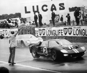 Official final placings in the 24-hour sports car race were in No 2 Ford, Bruce McLaren