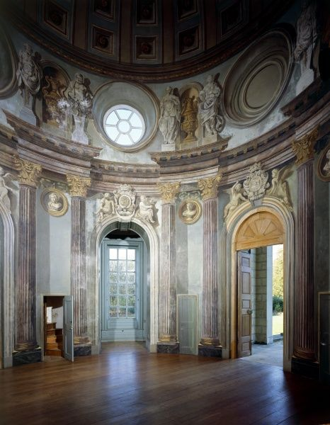WREST PARK HOUSE AND GARDENS, Bedfordshire. View of the Baroque interior of the Archer Pavilion from the South East. Interior painted in trompe l'oeil by Louis Hauduroy in 1712