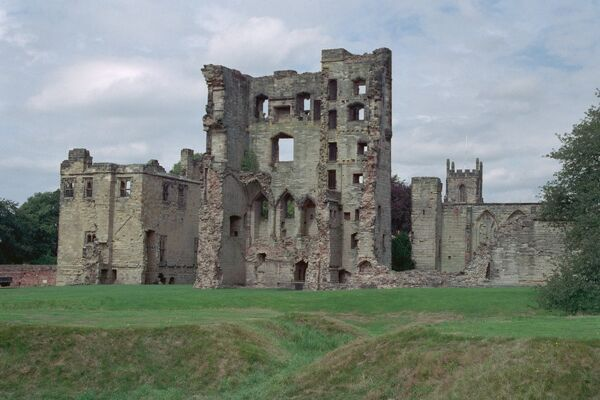 Now a ruin, the castle began as a manor house in the 12th century. Ashby De La Zouch, Leicestershire. IoE 187707