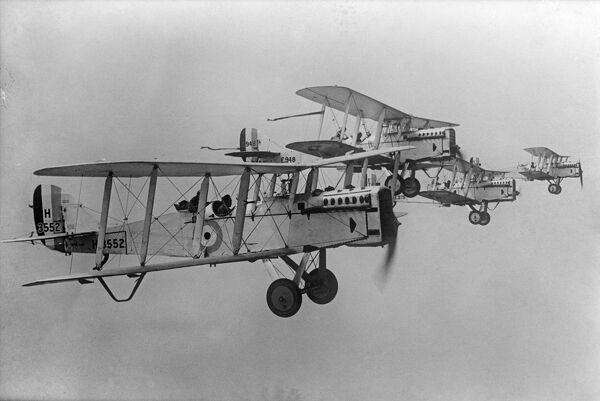 De Havilland DH9s flying in formation. From a copy negative made in 1923