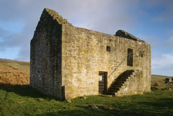 BLACK MIDDENS BASTLE HOUSE, Northumberland. View of the fortified farmhouse from the west
