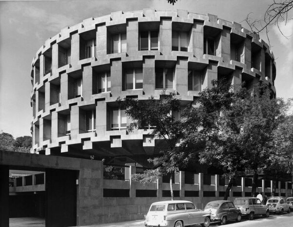 British Embassy Offices, 16 Calle Fernando El Santo, Madrid, Spain. Photographed in 1966 for the Ministry of Public Building and Works