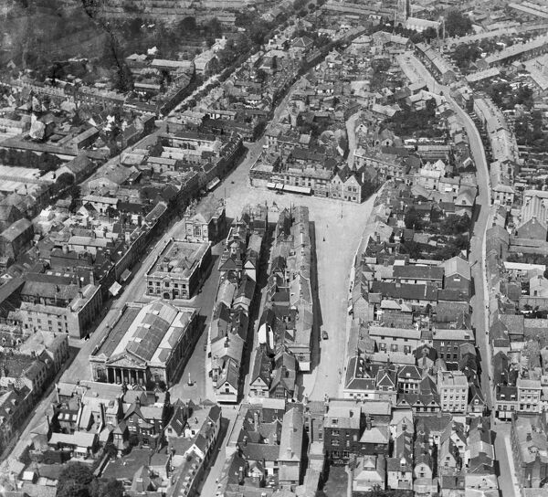 BURY ST EDMUNDS, Suffolk. Aerial view of the marketplace, Bury St Edmunds. Photographed in June 1920. Aerofilms Collection (see Links). EPW001749