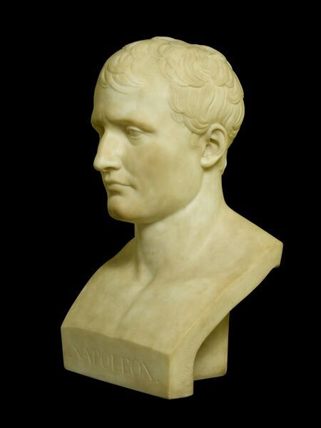 APSLEY HOUSE, London. Neo-Classical bust of Napoleon Bonaparte by Antonio CANOVA (1757-1822) from Wellington Museum