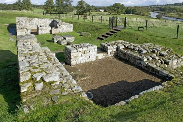 HADRIAN'S WALL: CHESTERS ROMAN FORT, Northumberland. The east gate showing guardroom in the base of one tower
