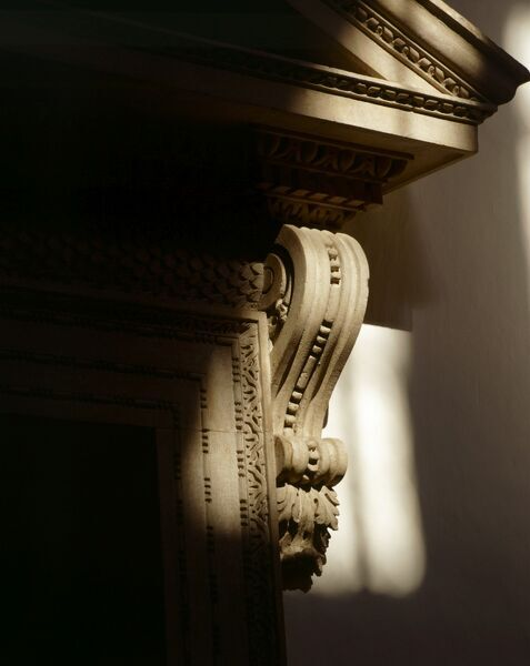 CHISWICK HOUSE, London. Interior detail of one of the doorways in the Tribunal or Saloon