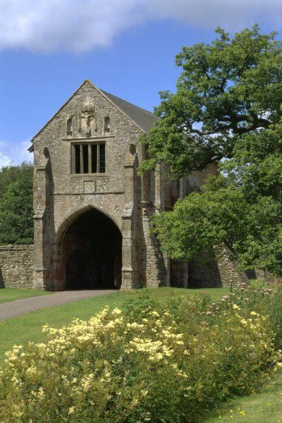 CLEEVE ABBEY, Somerset. The gatehouse from the south