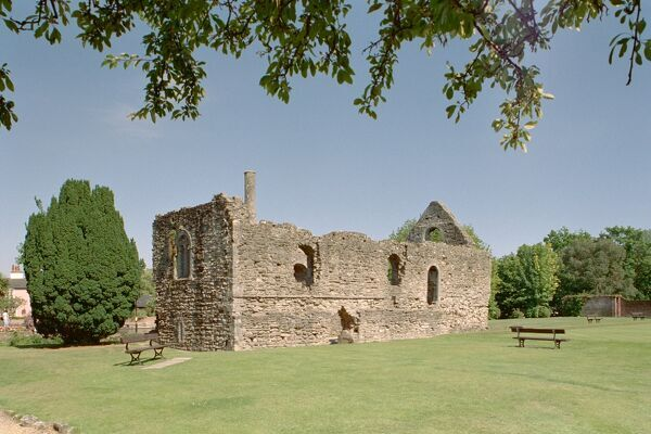 Grade I listed building suituated within the curtain wall of the Castle, Christchurch, Dorset. IoE 101453