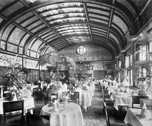 THE SAVOY HOTEL, The Strand, London. Interior of the Salle-a-Manger set for dinner. Photographed by Bedford Lemere in June 1898 for the Manager - H P Robarts