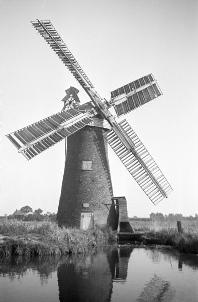 DRAINAGE MILL, Ludham, Norfolk. Areas of wetland and marsh that are prone to flooding frequently use windmills to pump water and help agriculture. While many windmills are put to this use in Europe, especially in Holland and the Low Countries