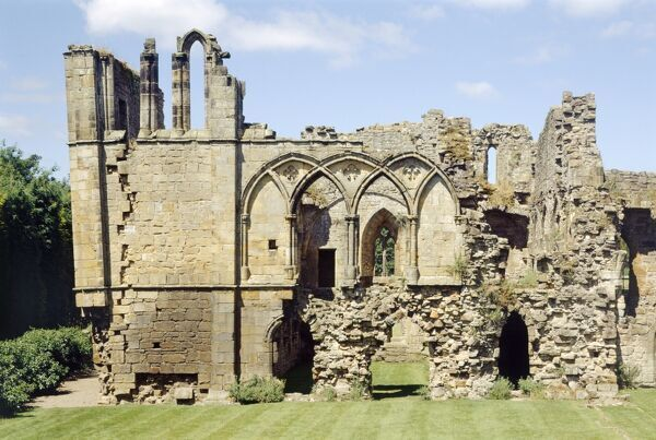 EASBY ABBEY, North Yorkshire. Exterior view of the guest chambers in the west range