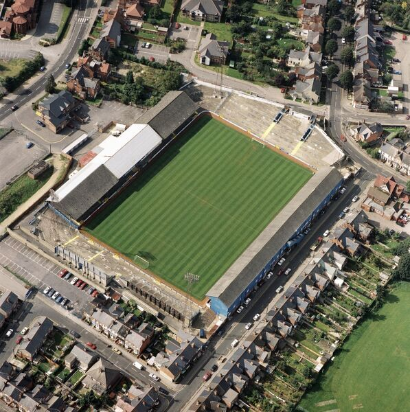 ELM PARK, Reading. Aerial view of the former home of Reading Football Club, photographed in 1992. John Madejski bought the club in 1991 and under Mark McGhee the team was starting to progress. The Royals moved to the Madejski Stadium in 1998