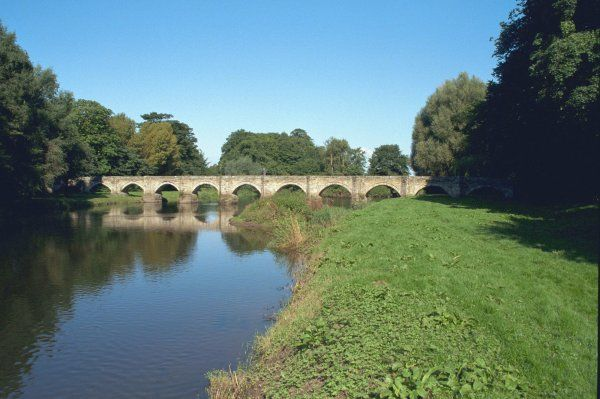 Probably C16 and perhaps the least altered old bridge in the county of Staffordshire. IoE 443147