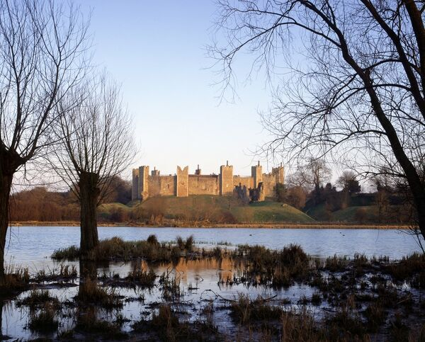 FRAMLINGHAM CASTLE, Suffolk. View of the castle across the mere