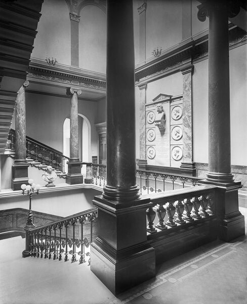 FREEMASONS HALL, 60 Great Queen Street, Holborn, London. Interior view of the staircase half-landing. Photographed by Bedford Lemere in August 1900