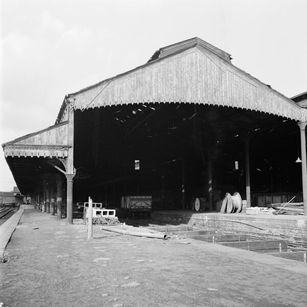 Nottingham Station. General view of platform and covered goods area for the Midland Railway station. Photographed in 1964 by Rex Wailes