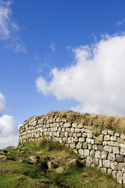 HADRIAN'S WALL, Northumberland. A section of wall, west of Housesteads Roman Fort. hadrian