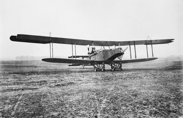 A Vickers Vimy biplane in a field, Horndean, Hampshire. Designed towards the end of the First World War, it served the RAF as a bomber from 1918-1925. Perhaps its most successful use was in the Trans-Atlantic crossing by Alcock and Brown in 1919