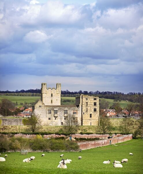 HELMSLEY CASTLE, North Yorkshire. View of the castle showing the ruins in its rural setting