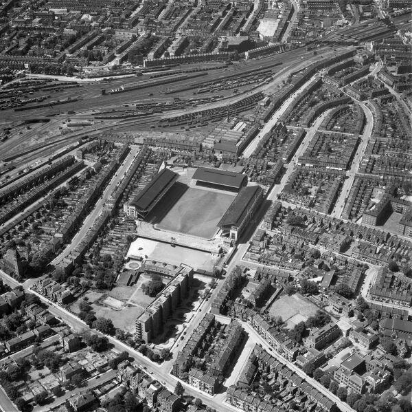 HIGHBURY STADIUM, London. Aerial view of the home of Arsenal Football Club since 1913. Photographed in 1957. Aerofilms Collection (see Links)