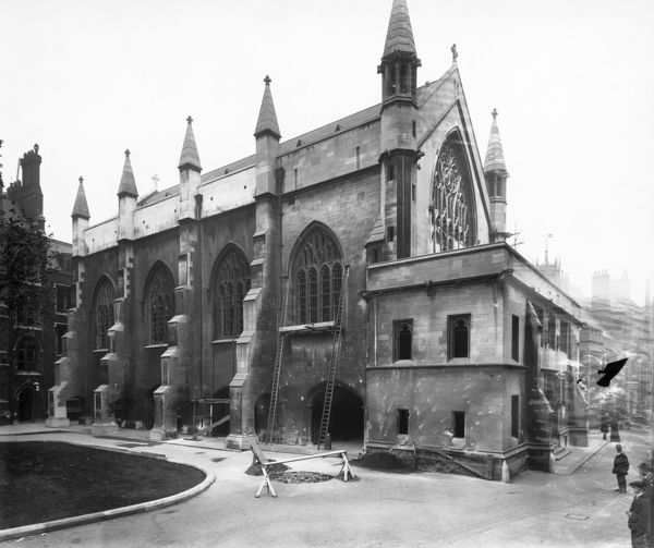 LINCOLNS INN CHAPEL, Holborn, London. View of the north side of the chapel showing bomb damage from a German Zeppelin, including the bomb crater