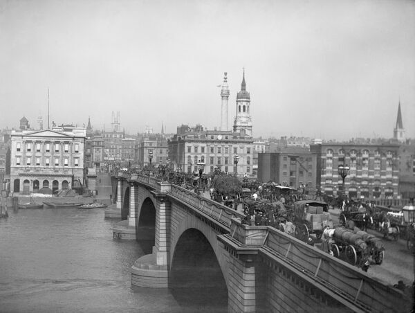 LONDON BRIDGE, City of London. The bridge was rebuilt in 1825 as the old one could no longer cope with the increasing traffic, to a design by John Rennie