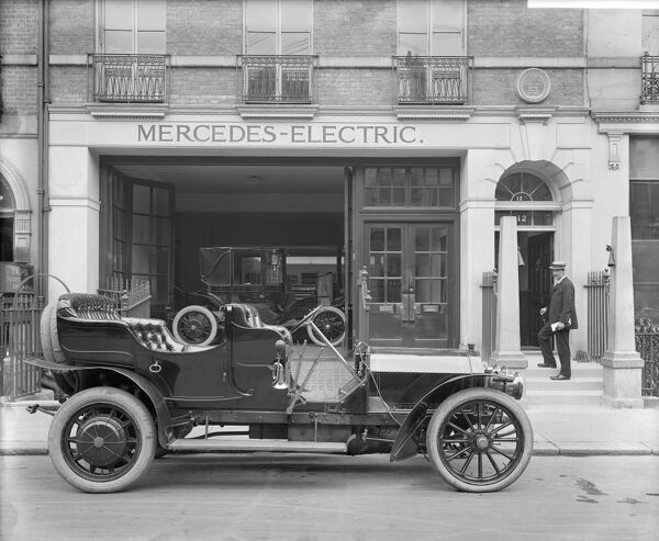 MERCEDES MOTOR SHOWROOM, 12 Saville Row, Westminster, London