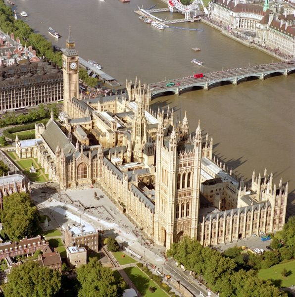 PALACE OF WESTMINSTER, London. Aerial view
