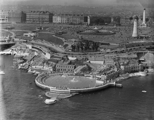 Plymouth Hoe, Devon. Aerial view by Aeropictorial. August 1937. Aerofilms Collection