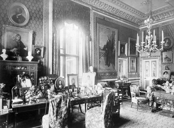 OSBORNE HOUSE, Isle of Wight. The Ryde Album. Interior view. Queen Victoria's private sitting room at Windsor c.1890