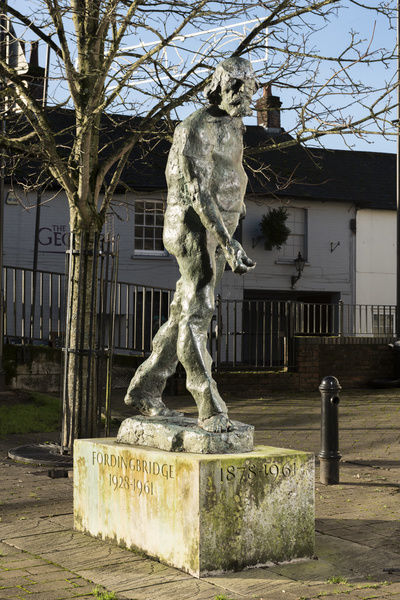 Augustus John statue (1974) by Ivor Robert-Jones. Riverside Place, Fordingbridge, Hampshire. General view from the north east. Photographed by Steven Baker 2015