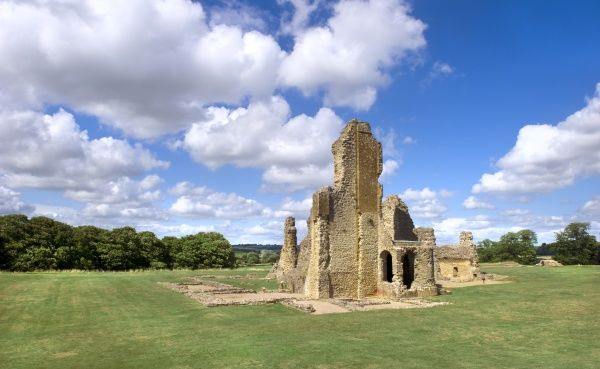 SHERBORNE OLD CASTLE, Dorset. View of the Great Tower seen from the south west