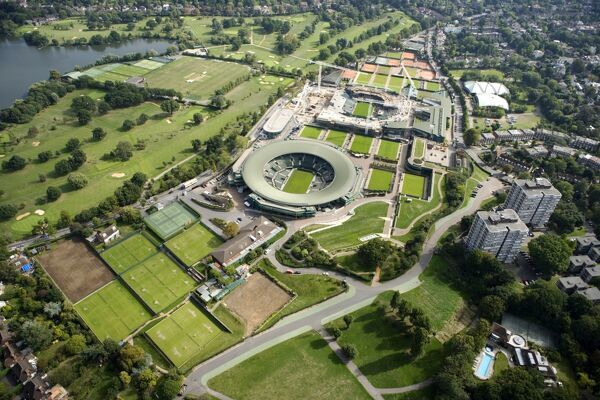 ALL ENGLAND LAWN TENNIS AND CROQUET CLUB, Wimbledon, London. An aerial view of the site showing the re-development of Centre Court under construction. Photographed September, 2006