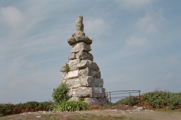 Rough granite rubble obelisk located on the Isles of Scilly. IoE 62553